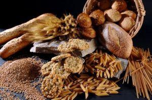 celozrnny chlieb , cele zrna